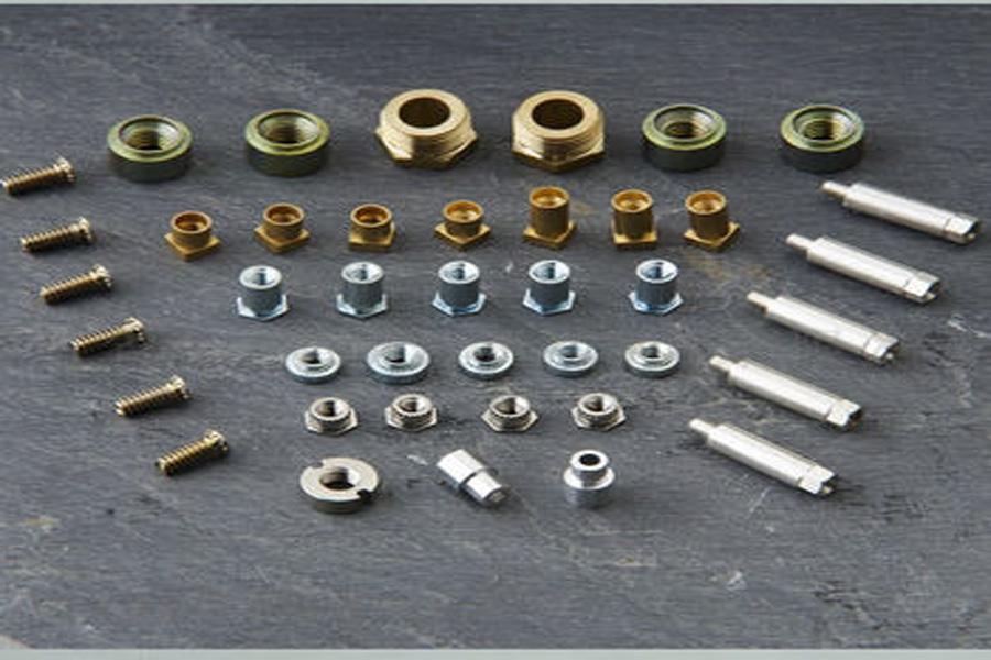 The development trend of precision CNC machining
